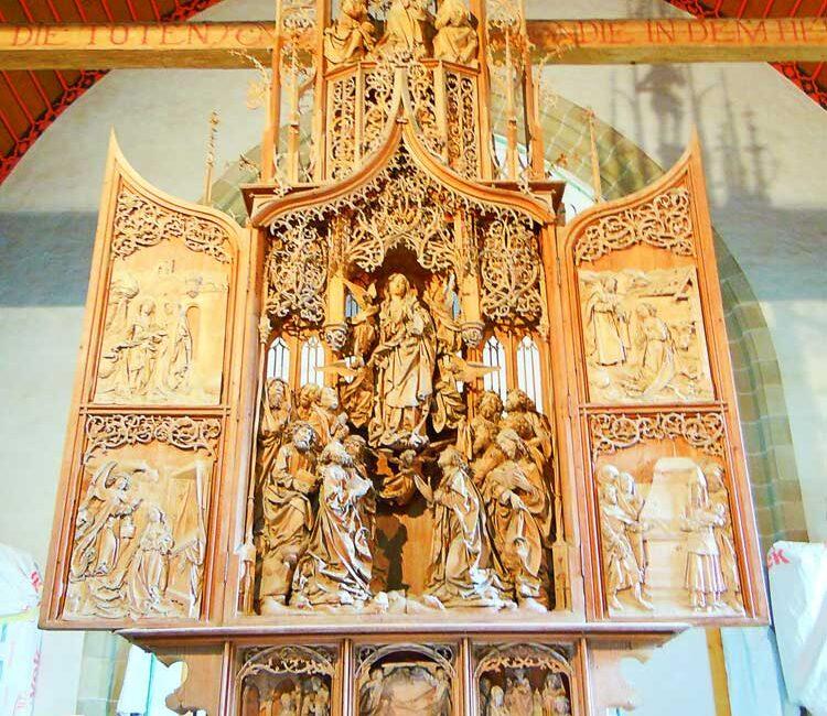 クレクリンゲンのヘルゴット教会の祭壇