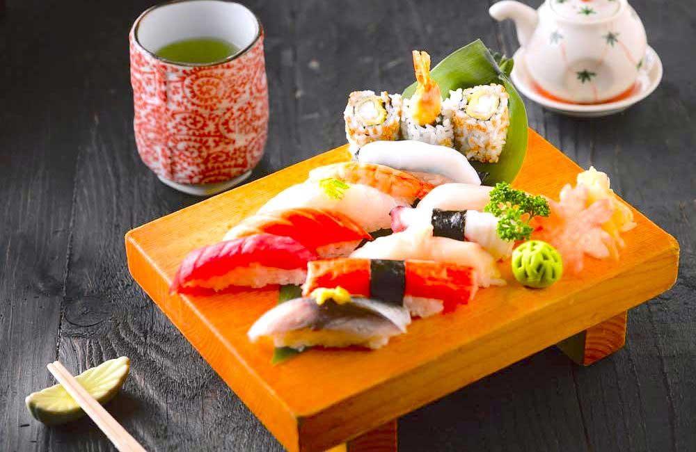 英語で説明する【お寿司とお刺身】