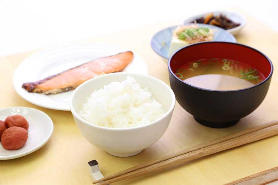 英語で説明する【基本の和食と調味料】